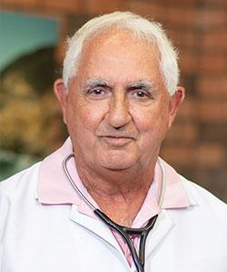 Kenneth Azan, MD headshot